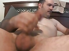gaydaddy wanking and cumming 31817